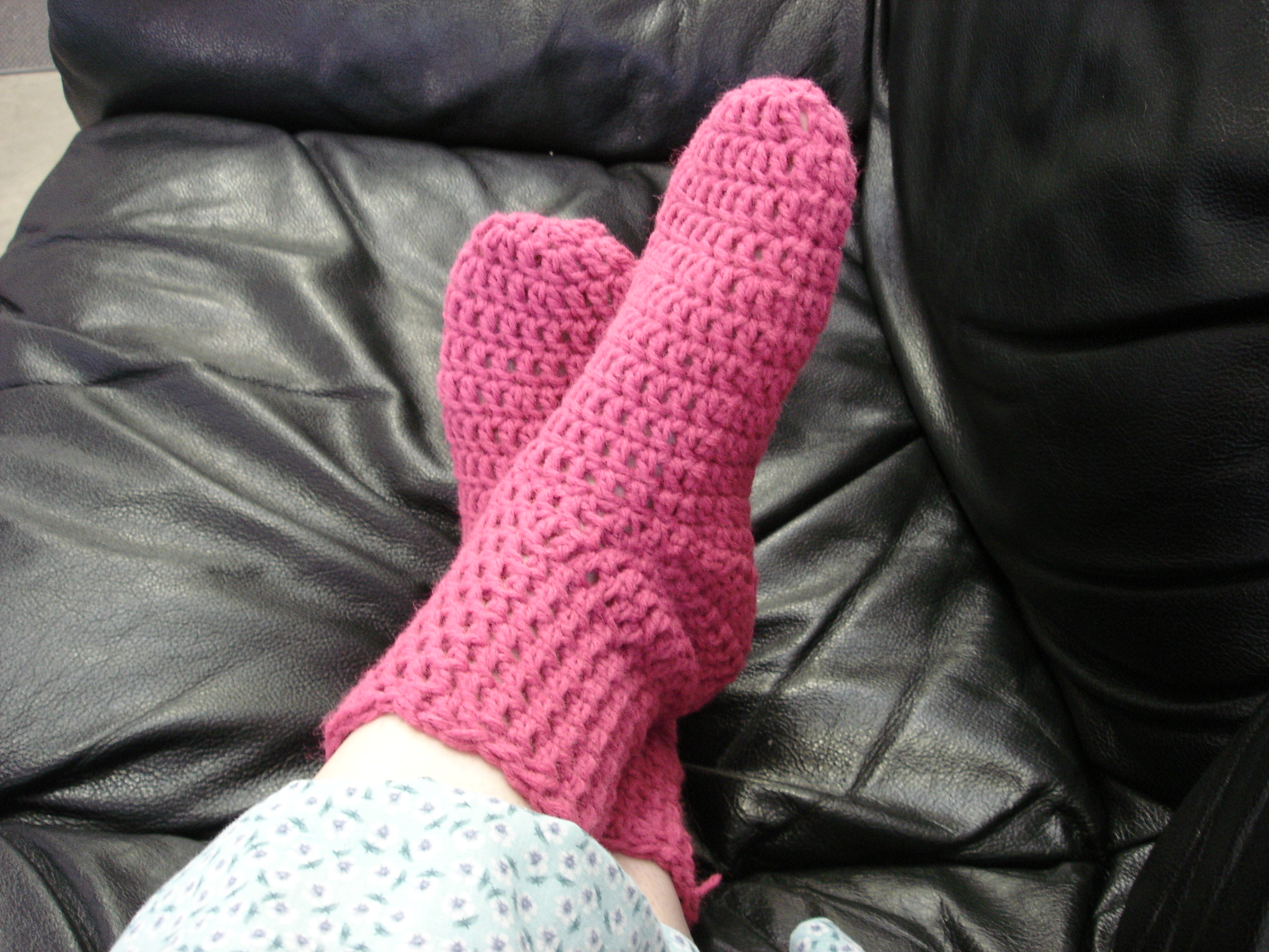 Free Crochet Sock Patterns Using Sock Yarn : Crochet Sock Pattern merrydeals4u